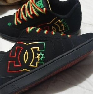 Sz 8.5 Mens Japanese Exclusive Rasta DC Sneakers♡